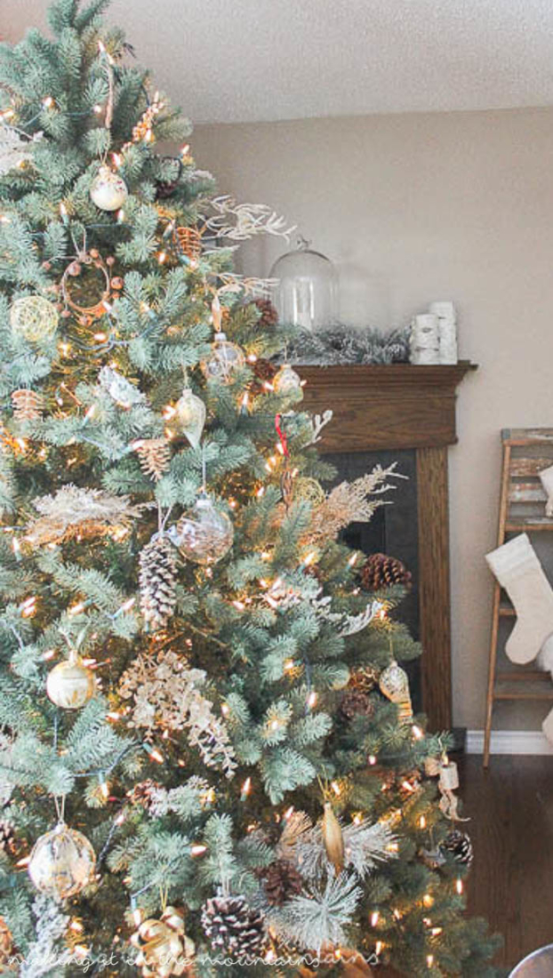12 Gorgeous Christmas Trees Sure To Inspire Making It In