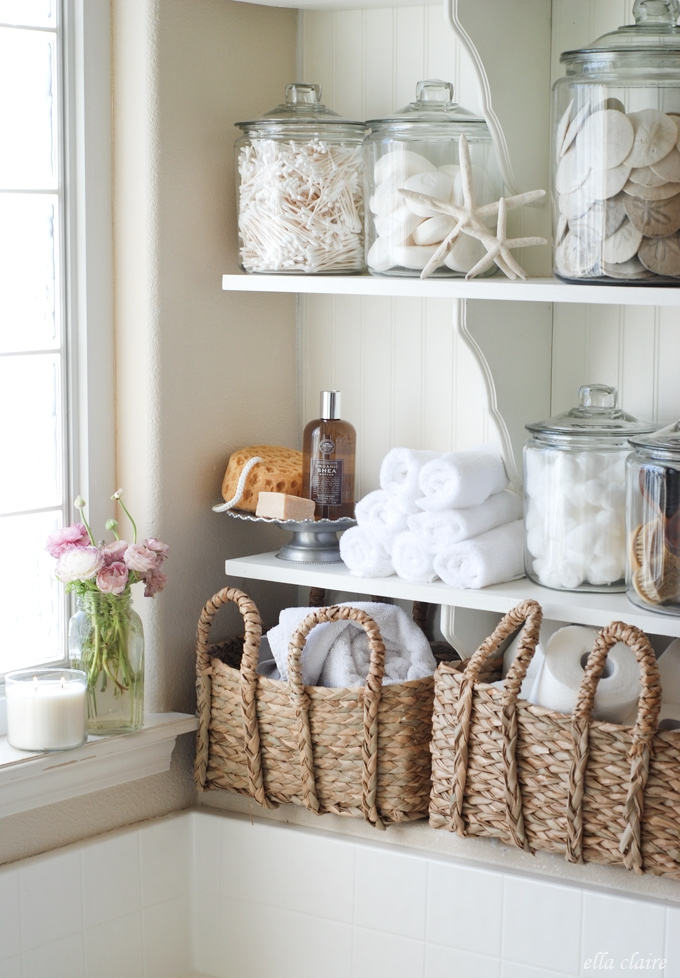 12 pretty linen storage ideas when you don 39 t have a linen closet making it in the mountains - Decoratie zen badkamer ...