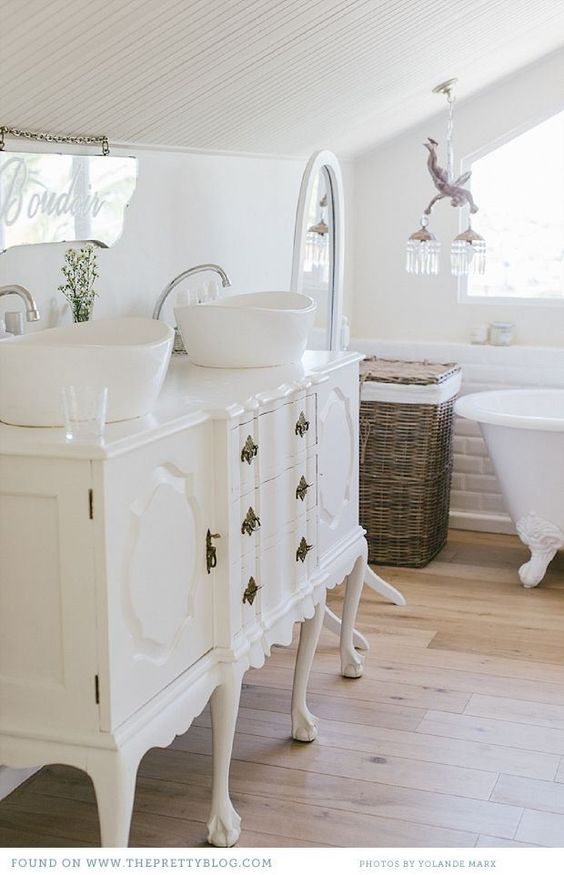 15 Farmhouse Style Bathrooms full of Rustic Charm   making it in the mountains. 15 Farmhouse Style Bathrooms full of Rustic Charm   making it in