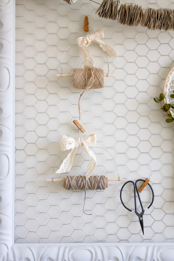 How to make your own rustic diy farmhouse style twine for Build your own farmhouse